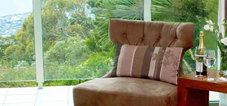 Luxury at Arthurs Views Victorian Couples Retreat