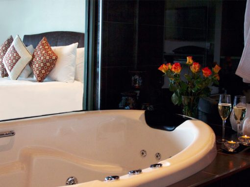 Relaxing Spa at Arthurs Views Mornington Peninsula Accommodation